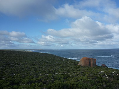 2014-07-10 15.00.22 P1000750 Simon - view east from Remarkable Rocks.jpeg: 4000x3000, 4968k (2014 Aug 09 04:44)