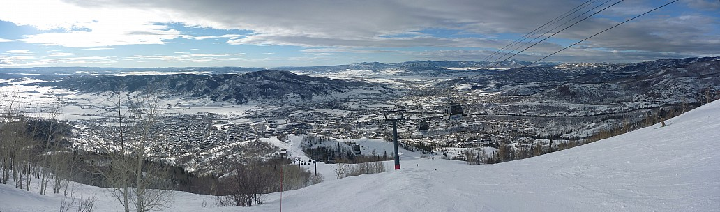 2014-01-26 15.56.00 Panorama Simon - Gondola view_stitch.jpg: 8493x2501, 2621k (2014 Feb 19 07:51)