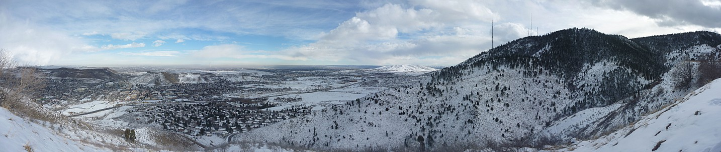 2014-02-07 14.22.00 Panorama Simon - Outlook Mountain_stitch.jpg: 12758x2704, 4201k (2014 Sep 04 08:09)
