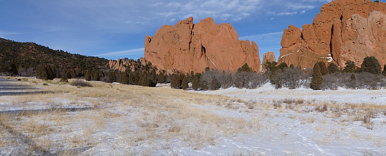 2014-02-08 14.41.00 Panorama Jim - Garden of the Gods_stitch.jpg: 7771x3144, 2854k (2014 Apr 17 00:42)