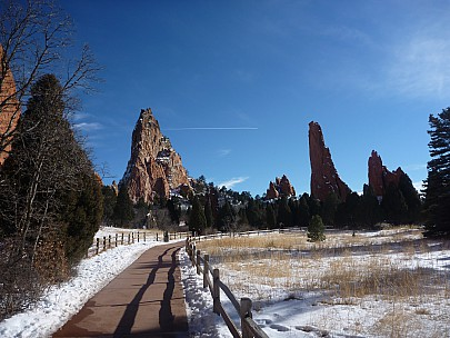 2014-02-08 15.09.05 P1000447 Simon - Garden of the Gods.jpeg: 4000x3000, 6561k (2014 Feb 08 22:09)