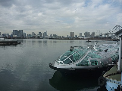 2015-02-07 12.13.20 P1010267 Simon - cruise boat at Odaiba pier.jpeg: 4000x3000, 4561k (2015 Feb 07 03:13)