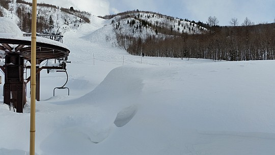2015-02-10 14.44.12 Jim - Iwatake - view A course from View 1 lift base.jpeg: 5312x2988, 4358k (2015 Feb 21 08:27)
