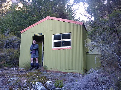 2015-10-03 17.08.17 P1000226 Simon - at Gosling Hut.jpeg: 4608x3456, 6350k (2015 Nov 07 03:36)