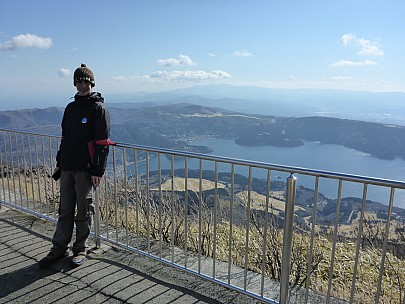 2016-03-02 14.08.01 P1000813 Simon - Adrian at top of Komagatake Ropeway.jpeg: 4608x3456, 6338k (2016 Mar 02 01:08)