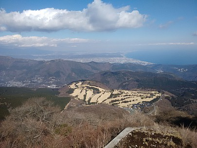 2016-03-02 14.14.30 IMG_20160302_141429715 Adrian - view out to Sagami Bay.jpeg: 3264x2448, 2434k (2016 Mar 02 05:14)