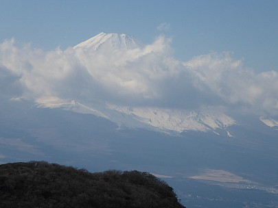 2016-03-02 14.23.19 P1000820 Simon - zoom of Fujisan.jpeg: 4608x3456, 5212k (2016 Mar 02 01:23)
