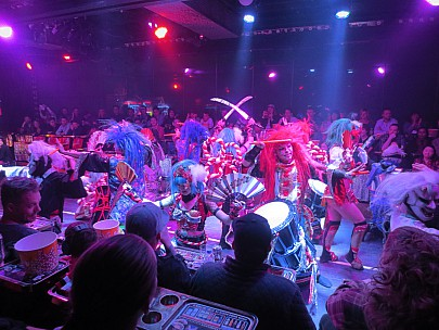 2017-01-12 18.08.58 IMG_8402 Anne - Robot Restaurant show.jpeg: 4608x3456, 5987k (2017 Jan 26 05:34)