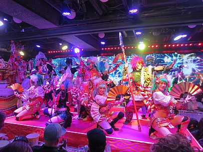 2017-01-12 18.11.54 IMG_8408 Anne - Robot Restaurant show fan dance.jpeg: 4608x3456, 6707k (2017 Jan 26 05:34)
