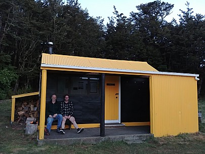 2018-07-06 17.13.41 LG6 Simon - Brian and Alan at Ruahine Hut.jpeg: 4160x3120, 3423k (2018 Jul 09 09:41)