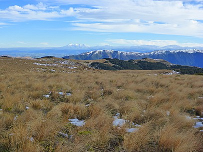 2018-07-07 10.02.12 P1020317 Simon - Ruapehu view from new Hinemanu Hut.jpeg: 4608x3456, 6428k (2018 Jul 09 09:20)