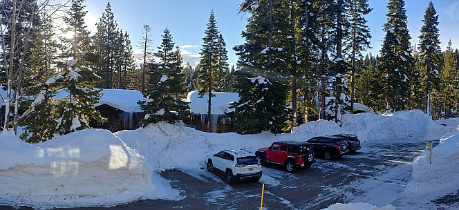 2019-02-25 07.42.25_HDR LG6 Simon - view from our room_stitch.jpg: 6266x2867, 18828k (2019 Feb 26 04:51)