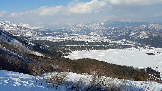 2015-02-11 14.54.29 Jim - Goryu - view from top of Cosmo 4 lift.jpeg: 5312x2988, 5773k (2015 Jun 03 08:06)