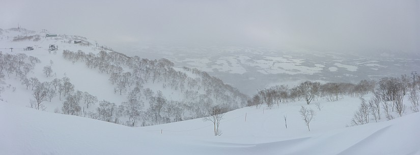 2016-02-25 09.49.38 Panorama Simon - view of upper Niseko field_stitch.jpg: 9192x3389, 24103k (2016 Mar 23 09:19)