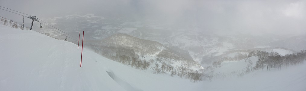 2016-02-25 14.16.40 Panorama Simon - Niseko_stitch.jpg: 10372x3114, 23528k (2016 Apr 02 05:22)
