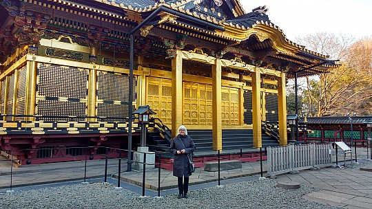 2017-01-11 15.37.45 IMG_20170111_153745529_HDR Simon - Anne at Toshugo Shrine.jpeg: 4160x2340, 2310k (2017 Jan 11 06:42)