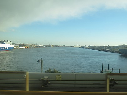 2017-01-13 15.06.15 2017-01-13 15.06.15 IMG_8456 Anne - view from Yurikamome train river.jpeg: 4608x3456, 4148k (2017 Jan 26 05:34)